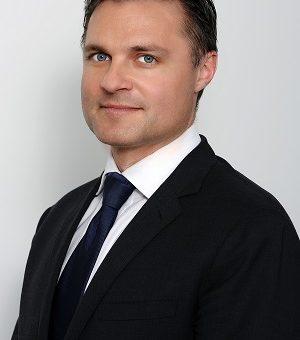 Declaratia lui Greg Konieczny, CEO si Manager de Portofoliu al Fondului Proprietatea, privind situatia guvernantei corporative in Romania: